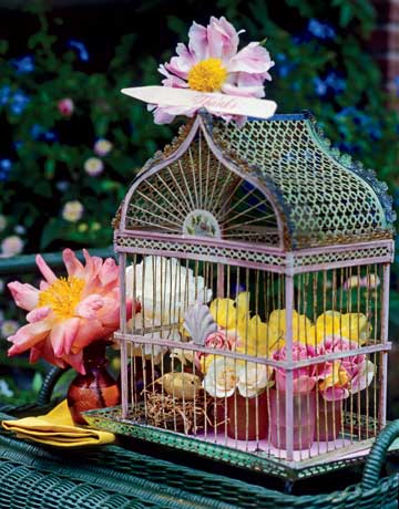 Flower Filled Birdcage 10 Cool Spring Centerpieces