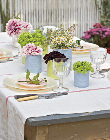 Painted Tin Case Vases 10 Cool Spring Centerpieces