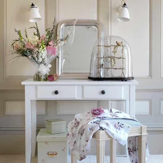 Diy dressing table ideas an alcove is perfect for mounting a vanity or dressing table this project is so easy even a beginner could do it in a day solutioingenieria Gallery