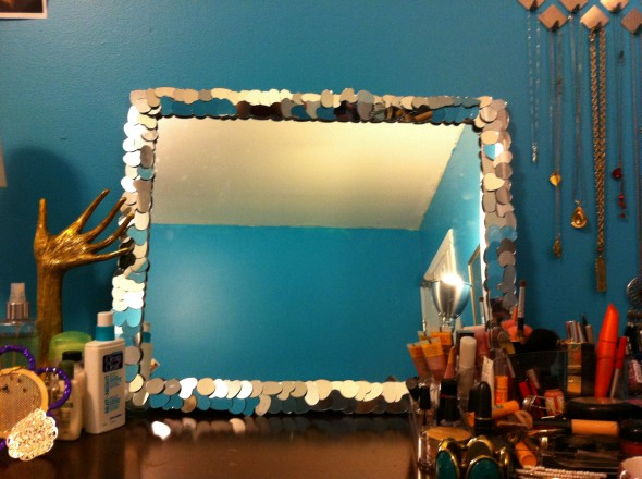 Mirror Frame 3 590x440 10 Creative Mirror Frame Ideas   DIY