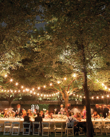 String of Stars Lighting Ideas for Outdoor Weddings