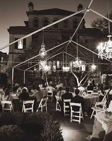 Vintage Chandeliers Lighting Ideas for Outdoor Weddings
