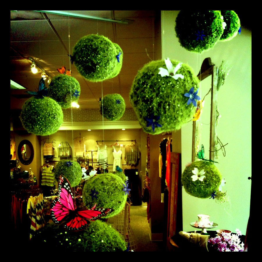 Garden party window display living impressive - Window decorations for spring ...