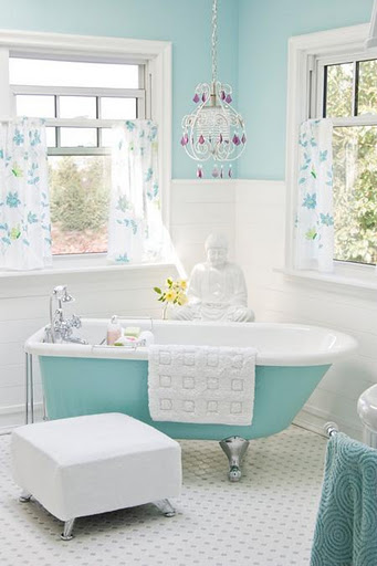 Color trends 2013 blue and turquoise for Brown and turquoise bathroom ideas