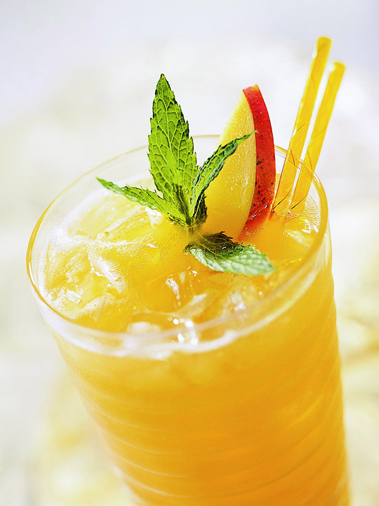 10 Best Summer Drinks – Mocktails & Cocktails