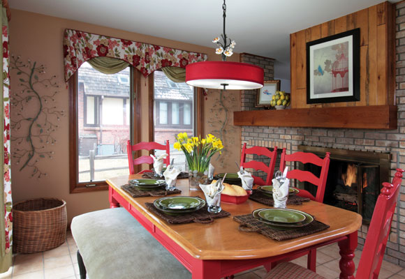 Red accents in home decoration ideas