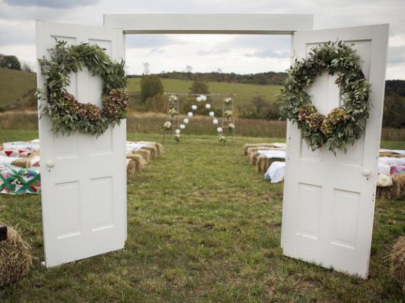 Door and wreath gives a symbolic entrance to the new chapter of your life.