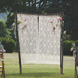 Outdoor Wedding – Alternative Altars