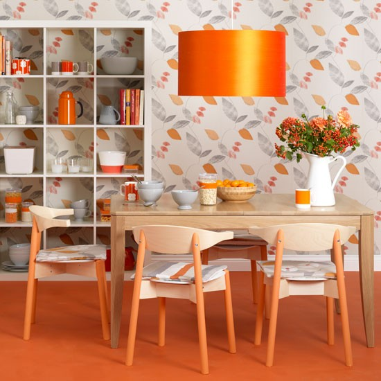 Mood colors the psychology of color for Dining room ideas orange