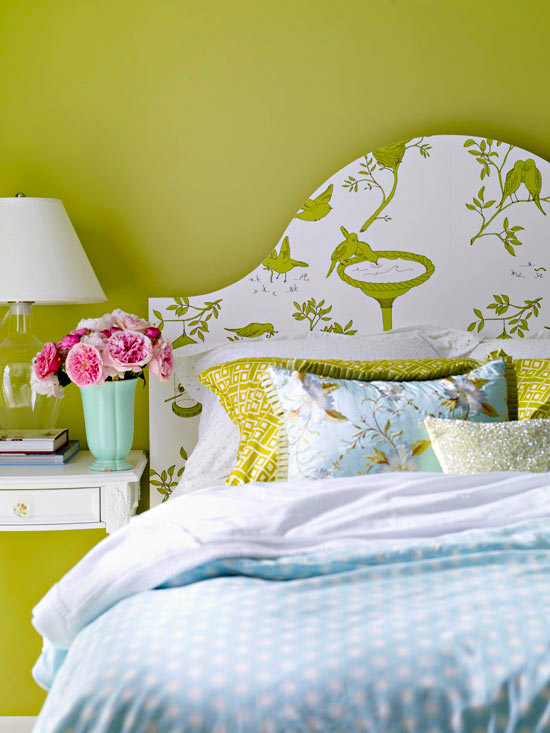 Wallpapers unique ways to hang wallpapers for Wallpaper headboard