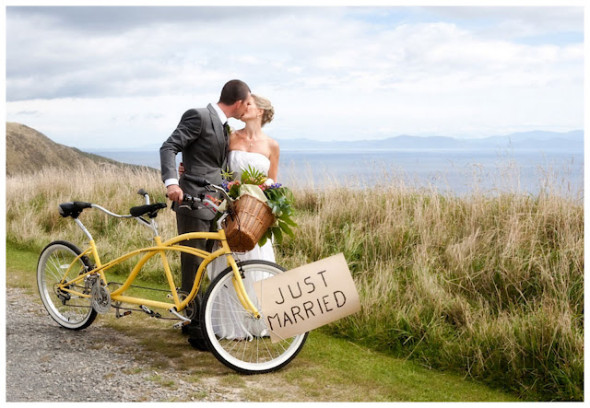 Bike Wedding Photograph 590x408 Theme Weddings   Bike Themed Wedding