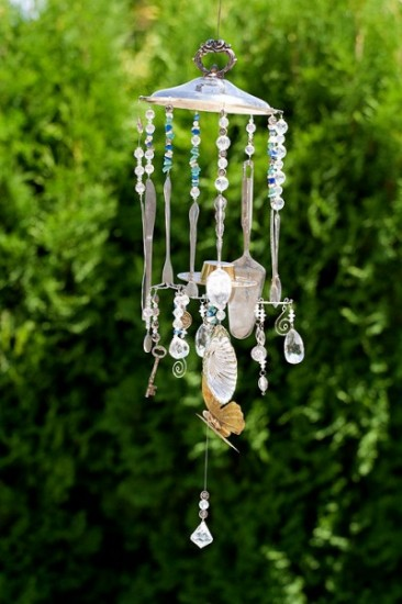 Recycled repurposed and upcycled cans pinterest home for Easy wind chimes