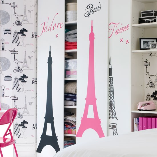 Music Girl Wall Sticker Is Perfect For Any Music Loving Teenage Girl, Great  No Effort Way To Add Point Of Interest To A Room. Pic Courtesy