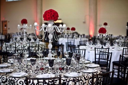 Table Decorations Black And White Theme Theme Wedding Ideas Rock N Roll Themed Wedding