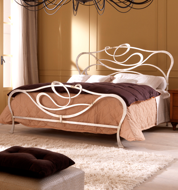 Home decor wrought iron furniture decorations for Iron home decor