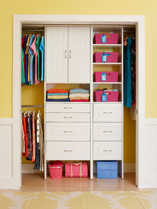 Small closet organization home decorating ideas for How to organize your small bedroom closet