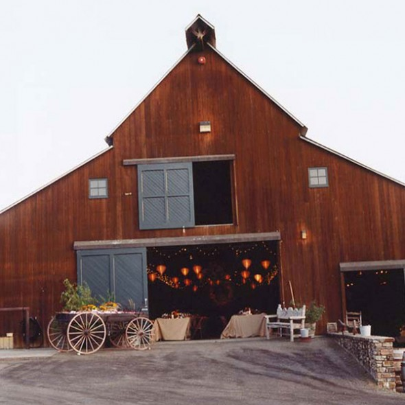 A classic barn is perfect venue
