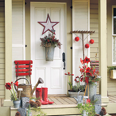 Rustic Theme wit traditional Christmas Red Color