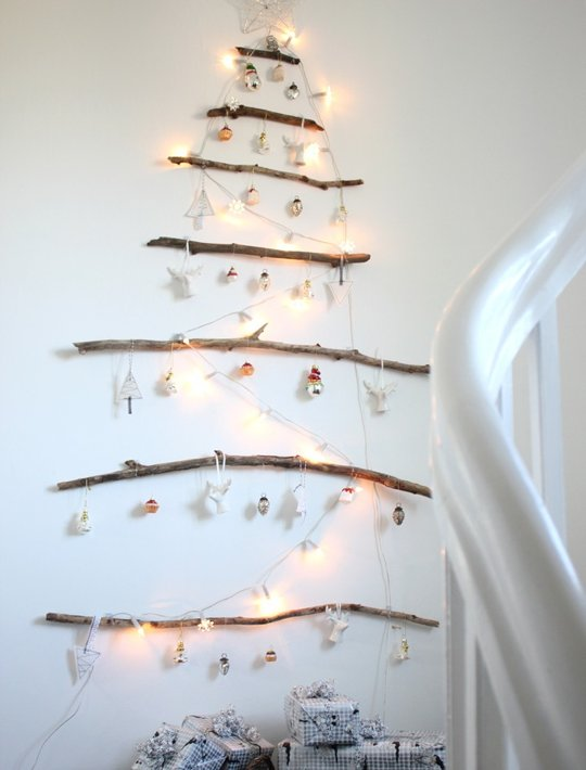 Christmas tree decoration ideas for Non traditional christmas tree ideas