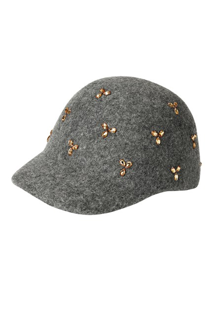 Dress up in style in winters with this embellished felt cap