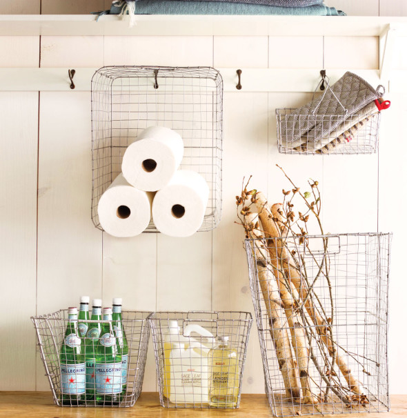 9 590x606 Savvy Storage Ideas   Baskets