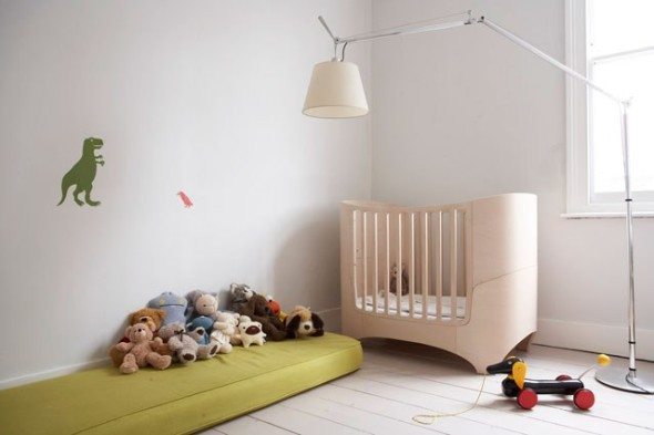 Creative ideas for baby nursery for Baby room decorating ideas uk