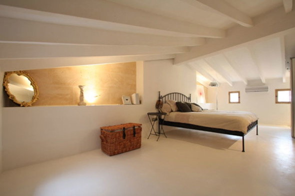 Attic 6 590x393 Attic Bedroom Ideas