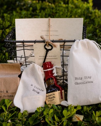 Southern Wedding Gift Bag Ideas : outlining the weekend s itinerary the couple s favorite restaurants ...