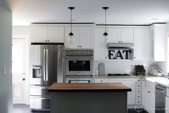How to Make Most of White Kitchen Cabinets!!