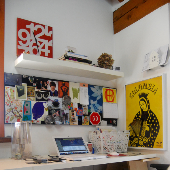 Even a empty corner can be turned into creative workspace