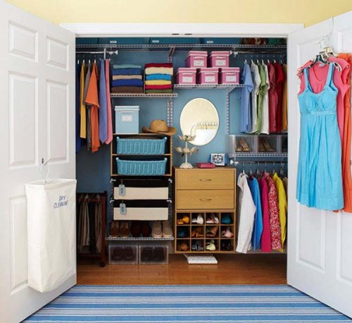 Use bright colors in small spaces