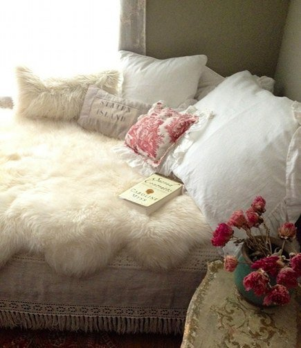 Cozy Winter Bedroom Decorating Ideas