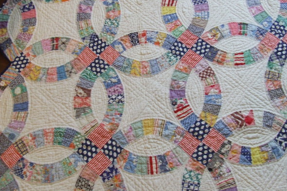 DIY Ideas - Vintage handmade quilt for newlyweds