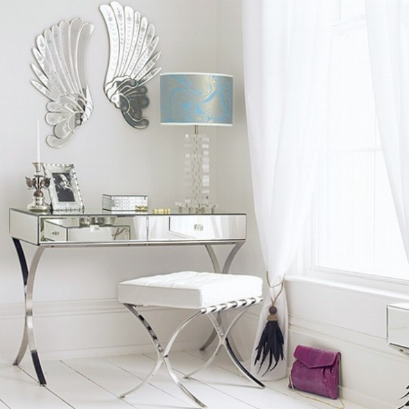 Add glamour to your bedroom with mirrored nightstands