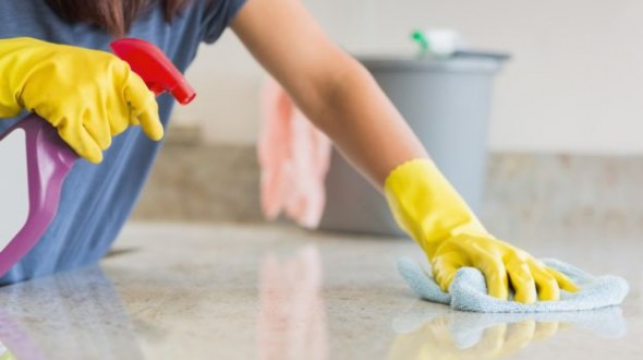 10 quick spring kitchen clean up tips for Best way to clean slabs